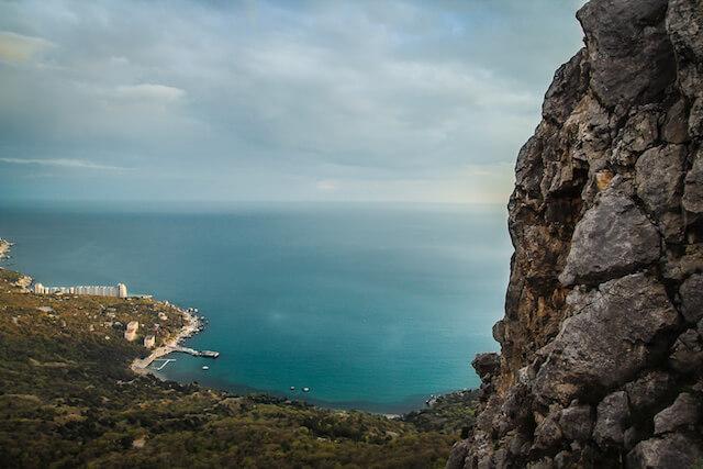 Crimea Ukraine Russia Hiking Travel Bay2